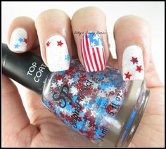 http://www.bettysbeautybombs.com/2014/06/21/4th-july-nail-art/ / 4th of July #nailart