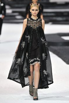 Chanel 2014 runway | Chanel - Runway Paris Fashion Week Spring/Summer 2011 - Pictures ...