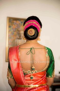 20 Indian Bridal Bun Hairstyle to try for your wedding - Wedandbeyond Bridal Hair Buns, Bridal Hairdo, Hairdo Wedding, Professional Hairstyles For Women, Black Women Hairstyles, Easy Bun Hairstyles, Updo Hairstyle, Prom Hairstyles, Hairstyle Ideas