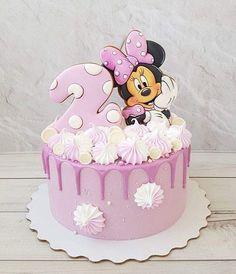 Mini Mouse Birthday Cake, Toddler Birthday Cakes, Mini Mouse Cake, Pig Birthday Cakes, Birthday Cake Girls, Bolo Minnie, Minnie Cake, Candy Cakes, Cupcake Cakes