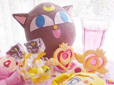 Recipes & tutorial for Sailormoon themed party. OMG I totally want to smash a Luna P to spill Luna pops while munching on Crisis cookies- its culmination of childhood geeky dreams come true :D