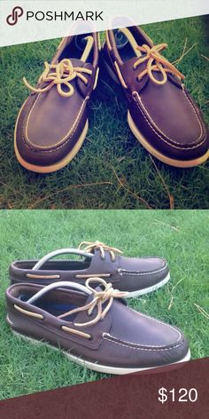 Men Dark Brown Leather Sperry  Almost new! Really clean and no wear marks. Perfect for a nice elegant outfit ✨ great gift for your man ! Sperry Top-Sider Shoes Boat Shoes
