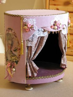stage...Shabby Chic. How perfect would his be for the 1:12 ballerina doll that you have been lusting for??