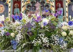Church Wedding Flowers, Altar Flowers, Aisle Flowers, Country House Wedding Venues, London Bride, Private Wedding, Wedding Locations, Fresco, Big Day