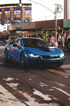 BMW i8.Luxury, amazing, fast, dream, beautiful,awesome, expensive, exclusive car. Coche negro lujoso, increible, rápido, guapo, fantástico, caro, exclusivo.