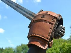 Fencing Glove (leather combat gauntlet) exceptional quality to reduce the risk of injury of the hand during sword combat. Made by fencers for the Viking Armor, Viking Shield, Viking Helmet, Leather Gauntlet, Gauntlet Gloves, Leather Bracers, Leather Gloves, Varangian Guard, Fighting Gloves
