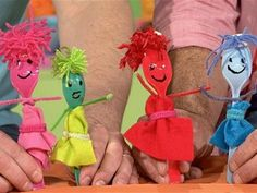 Spoon puppets. Rainy day activity?