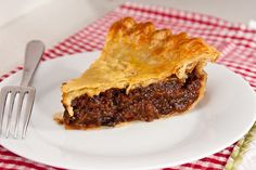 Homemade Mincemeat Pie (Crockpot)  A spicy, clovey, citrusy, Christmasy blend of finely chopped fruits and berries