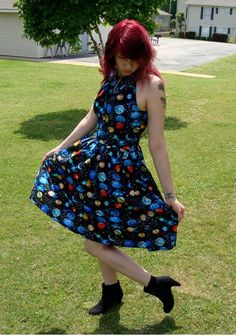 Space Dress - CLOTHING LOVE THIS DRESS Simplicity pattern 1755