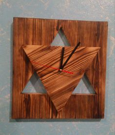 Wall wood clock design , Clocks modern, wood clocks , Clock design,Gift clocks ,decoration,Handmade by Mullerdesigns1 on Etsy https://www.etsy.com/listing/232879223/wall-wood-clock-design-clocks-modern