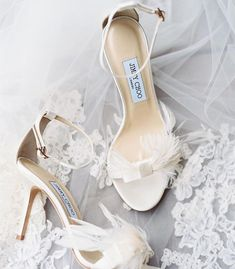 "Weddings & Celebrations on Instagram: ""Be still my aching heart! These @jimmychoo bridal shoes are simply perfect! . . . . . . . . . . . Photo credit: @caratsandcake #repost…"" Marie Claire, Beach Wedding Shoes, Bridal Shoes, Meghan Markle, Jimmy Choo, Wedding Rings Teardrop, Pastel Bridesmaid Dresses, Bridesmaid Hair, Wedding Dresses"