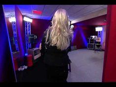 Un air de star 2013 - Visite surprise de Bonnie Tyler à Delphine Chaneac #bonnietyler  #france #paris #gaynorsullivan #gaynorhopkins #thequeenbonnietyler #therockingqueen #rockingqueen #music #rock #2013 #delphinechaneac #unairdestar #m6 #bonnietylerfrance