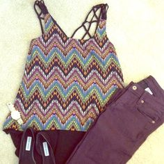 Forever 21 multicolor print tank Cut out strap details. High low cut. Size small Forever 21 Tops Tank Tops