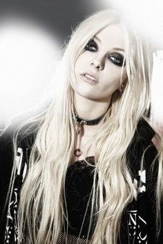 The Pretty Reckless. Taylor Momsen