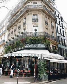 Discovered by Anisa Find images and videos about city, paris and architecture on We Heart It - the app to get lost in what you love. Saint Germain, St Germain Paris, Beautiful Paris, I Love Paris, Paris Street, Street View, Image Paris, Grand Paris, Belle Villa