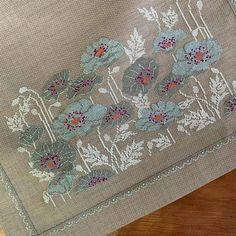 Cross Stitch Letters, Cross Stitch Rose, Cross Stitch Baby, Cross Stitch Flowers, Cat Cross Stitches, Cross Stitching, Cross Stitch Embroidery, Stitch Patterns, Bead Loom Patterns