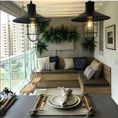 """397 curtidas, 4 comentários - Arquitetura, Decoração, Design (@construindominhacasaclean) no Instagram: """"Que sacada aconchegante  por larissacatossiarq Veja + no blog  www.construindominhacasaclean.com…"""""""