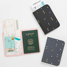 Weekade pattern travel passport holder case
