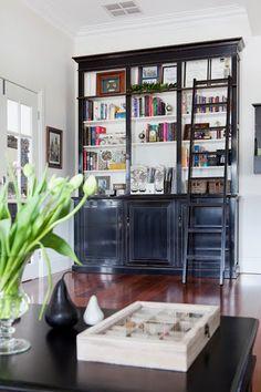 30 ideas for dark wood shelves bookshelves built ins Black Bookcase, Built In Bookcase, Bookcases, Narrow Bookshelf, Antique Bookcase, Library Bookshelves, Bookcase Styling, Dark Wood Shelves, Black Shelves