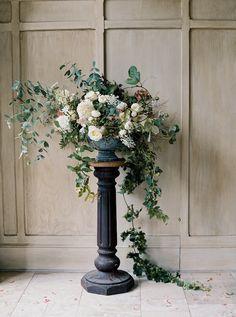 Large Flower Arrangements, Wedding Flower Arrangements, Floral Centerpieces, Wedding Centerpieces, Table Arrangements, Wedding Decorations, Wedding Flower Design, Wedding Flower Inspiration, Flower Ideas