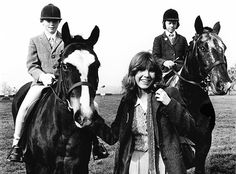 """becketts: """"""""Carrie Fisher at a Star Wars equestrian event in England, October """" """" Carrie Frances Fisher, Solo Photo, Princesa Leia, Han And Leia, Harrison Ford, Indiana Jones, Equestrian, Iron Man, Carry On"""