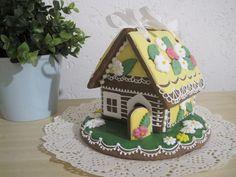 Perníková chaloupka jarní, cena: 295,- Kč Gingerbread, Desserts, Food, Tailgate Desserts, Deserts, Ginger Beard, Essen, Postres, Meals