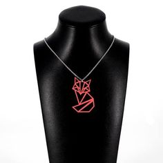 Istuva kettu -kaulakoru Käy omasi tästä: Istuva kettu -kaulakoru sopii täydellisesti lahjaksi persoonallista muotoilua ja luontoa rakastavalle henkilölle! Riipuksen koko on 5,5 x 4 cm. Kaulaketjun pituus on 45 cm. Katso tästä kaikki Kettukorumme!  #samaskoru #design #korut Silver, Jewelry, Design, Fashion, Jewellery Making, Moda, Jewerly, Jewelery, Fashion Styles
