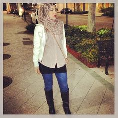 Wearing my Black Hip Hugging Tank Extender with my fab boots, pretending like its cold in FL lol! #hiphugging #tankextenders #vousetesbellefashion #vousetesbelle #fashion #hijabiswag #hijab #style #Padgram