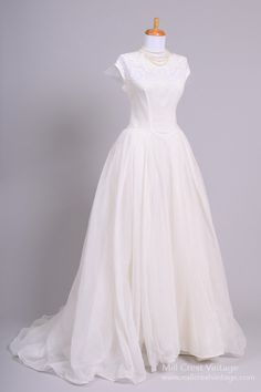 1950 Lace Appliqued Vintage Wedding Gown from Mill Crest Vintage