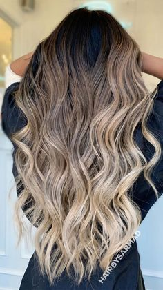 Blonde Hair With Roots, Brown Hair With Blonde Highlights, Brown Hair Balayage, Hair Color Balayage, Balayage Hair For Brunettes, Brown Hair With Blonde Balayage, Ash Brown Bayalage, Ombre Hair Colour, Blonde Balayage Highlights On Dark Hair