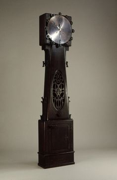 Elements of deco in this Art Nouveau Oak and Copper Grandfather Clock by Charles Rohlfs Old Clocks, Antique Clocks, Art Nouveau, Modernisme, Design Movements, Arts And Crafts Movement, Craftsman Style, Craftsman Cottage, Instruments