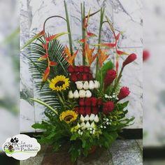 Ramos para dejarla sin aliento. Buscanos en el #ccct nivel c1, frente a banesco express, o Contactanos al 0212.9594016 o 0414.3660316 al correo lacarretadepacheco@hotmail.com y con gusto te atenderemos #floresnaturales#floristeriaccct#floristeria#floristerialacarreta#lacarretadepacheco#ramodeflores#rose#rosas#gerberas#obsequio#regalo#flores#FLOWERS#AMOR#insta#igersvenezuela#detalles#like4like#l4l#followme#VENEZUELAENFLORES#CARACAS#venezuela