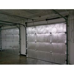 What a great idea, if you are working in a garage in the winter months! Make your garage energy efficient. Easy install of radiant barrier insulation to garage doors. Garage House, Car Garage, Mechanic Garage, Dream Garage, Dream Gym, Garage Office, Garage Loft, Garage Shed, Garage Kits