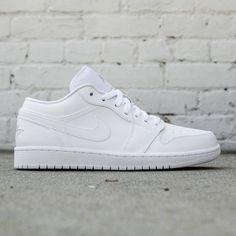 Jordan Men Air Jordan 1 Low (white / metallic silver / white)