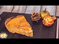 Keto PUMPKIN PIE recipe EASY 5 Ingredients 🦃 Low Carb Thanksgiving Dessert Recipes - YouTube Easy Pie Recipes, Keto Recipes, Dessert Recipes, Desserts, Keto Pumpkin Pie, Pumpkin Pie Recipes, Easy 5, Easy Meals, Healthy Eating