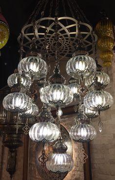 HANDMADE TRANSPARANT OTTOMAN CHANDELIER, 16 LAMPS