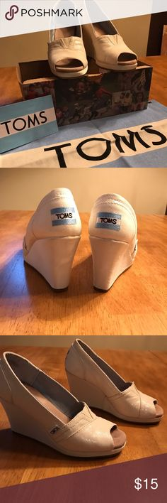 Tom's white sparkle peep toe wedge Classic comfortable Tom's wedge*leather sole*rubber bottom*good condition Tom's Shoes Wedges
