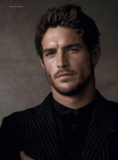 Justice-Joslin-by-Mariano-Vivanco-for-GQ-China.jpg 500×675 pixels