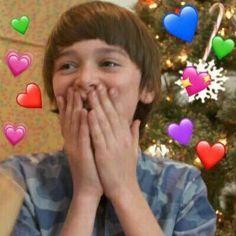 Me my crush, heart emoji, when you smile, text memes, heart meme Stranger Things Actors, Stranger Things Netflix, Text Memes, Memes Br, Future Boyfriend, Future Husband, Heart Meme, Noah, Will Byers