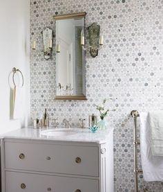 bathroom decorations