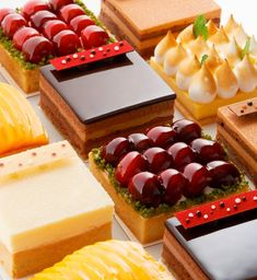 """Why have only one tart when you can have all of these at Mandarin Oriental, Tokyo! dessert MO foodies""!"