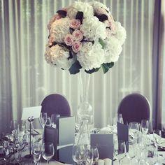 Flower Centerpieces, Wedding Centerpieces, Wedding Flowers, Table Decorations, Home Decor, Wedding Table Centrepieces, Homemade Home Decor, Flower Centrepieces, Interior Design