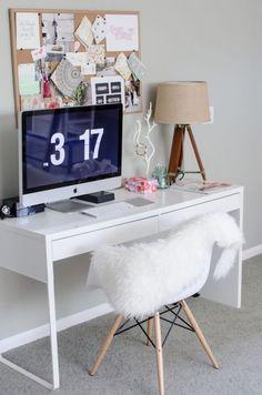 Micke desk as a working desk