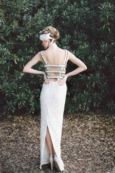 Aje indie wedding dress | Lara Hotz Photography for Hitched Magazine | http://burnettsboards.com/2013/11/birds-paradise-indie-wedding-inspir...