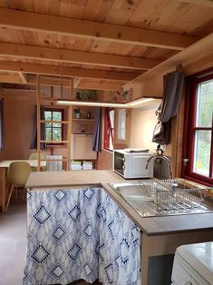 Double Vitrage, Light Fixtures, Tiny House, Kitchen Island, Shelves, Table, Furniture, Concept, Home Decor