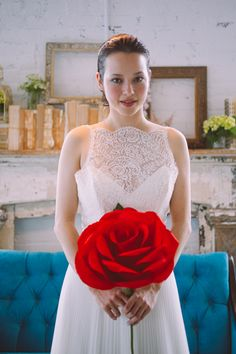 Get inspired: A giant red rose for a #wedding bouquet. So cute!