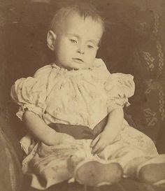CCS 'Eyes Open' Post Mortem Infant Parents Cairo Egypt Postmortem Photographs | eBay