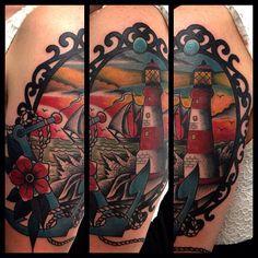 Tatuaggio con ancora veliero e faro traditional tatuaggio by Dap Skingdom Tattoo shop Mogliano Veneto Treviso