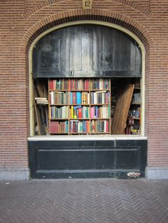 #Amsterdam: Old books, new books #travel #afar