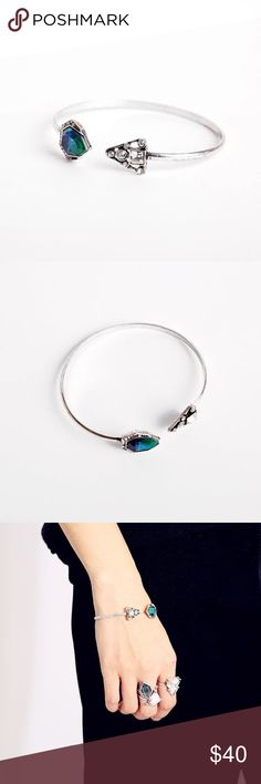 Brand new 17L vintage style open cuff Brand new never worn gorgeous vintage style open cuff from the simple and chic 17L.  Vintage style silver with shiny crystals and beautiful blue mother-of-pearl. Perfect for the summer! 17L Jewelry Bracelets